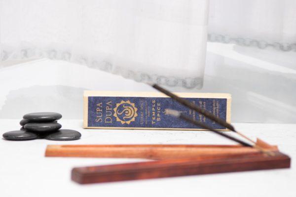 incense_temple_spice_focus