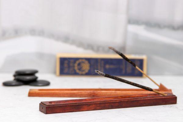 incense_temple_spice_unfocus
