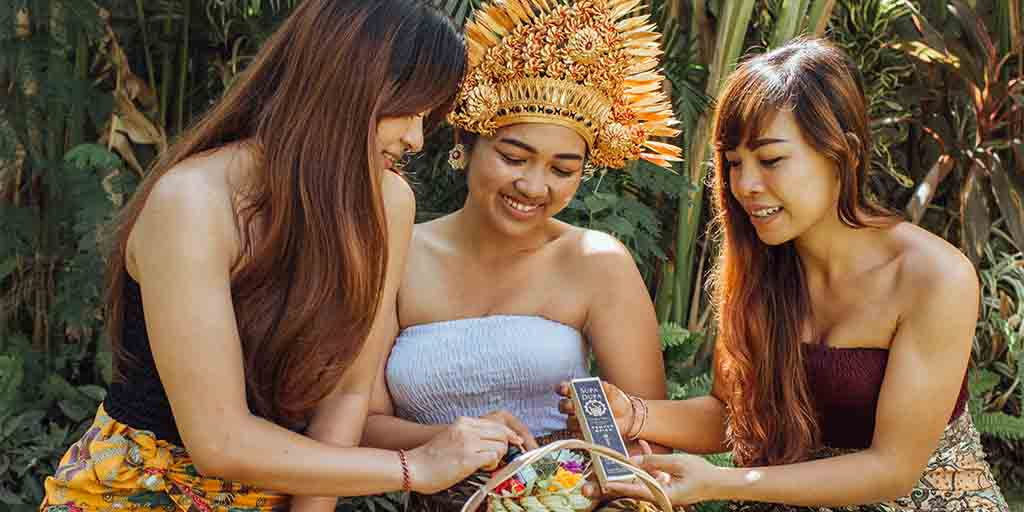 3 balinese ladies with incense